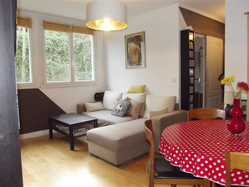 Appartement champigny sur marne 3 pieces de 54m for Parquet carrelage champigny sur marne