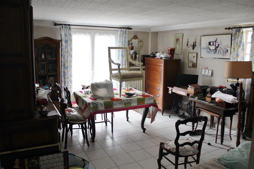 vente chennevieres sur marne 94430 annonces immobili res de maisons appartement terrain. Black Bedroom Furniture Sets. Home Design Ideas