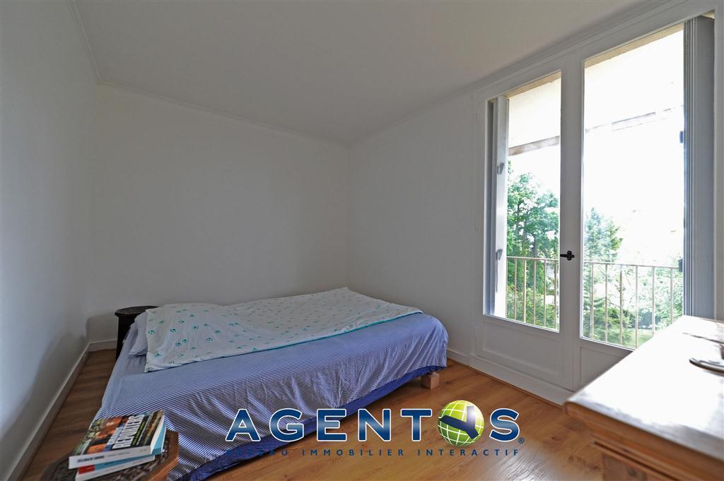 vente plessis trevise 94420 annonces immobili res de maisons appartement terrain loft. Black Bedroom Furniture Sets. Home Design Ideas